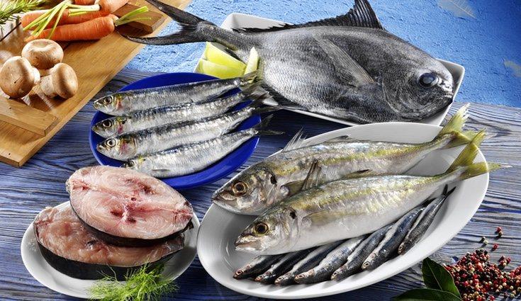 Una de las características del pescado azul es que tiene muchas grasas buenas
