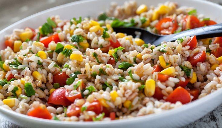 Una ensalada es lo más fácil y rápido de preparar