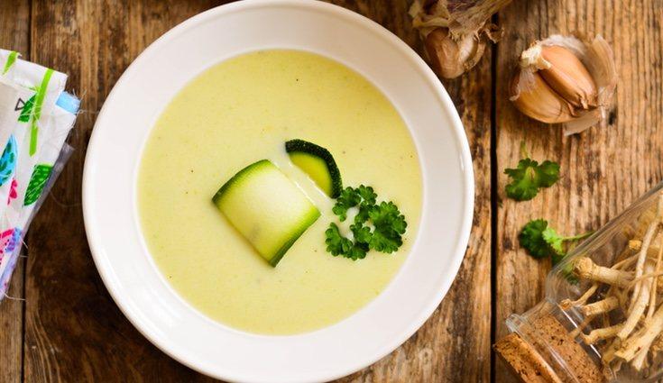 La crema de calabacín tiene muchos nutrientes en un solo plato
