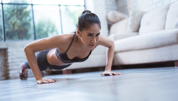 En casa se pueden hacer muchísimos ejercicios para ponerte en forma