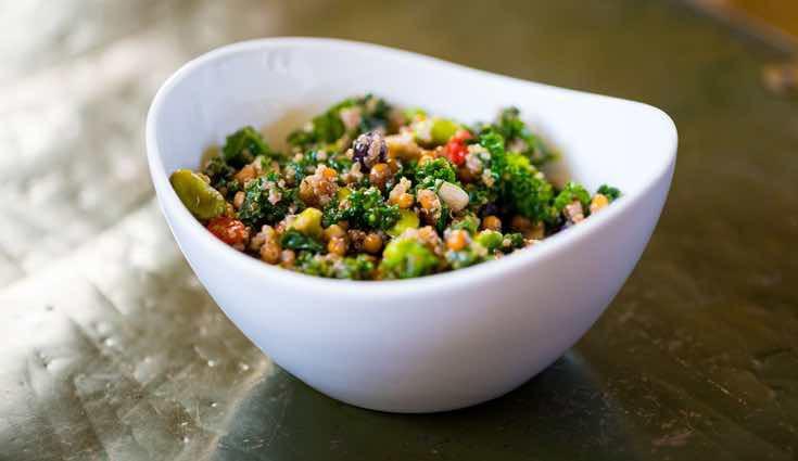 Lo más habitual es comer kale en ensalada