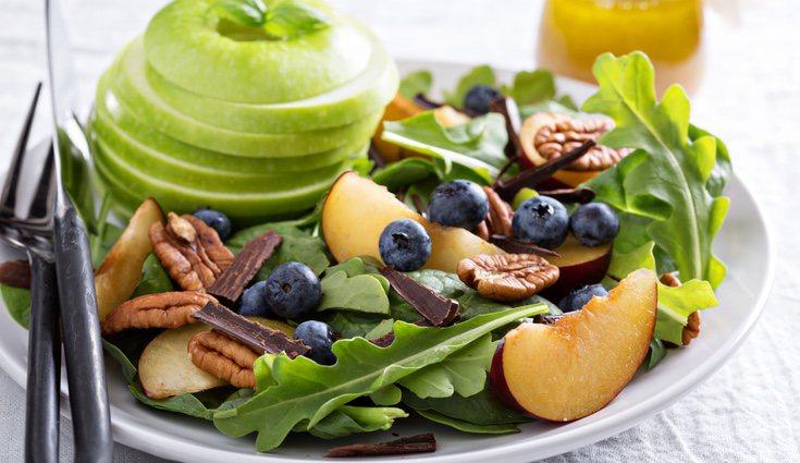 El consumo de nueces y su incorporación en nuestra dieta ayudan también a cuidar de la salud de nuestro cerebro.