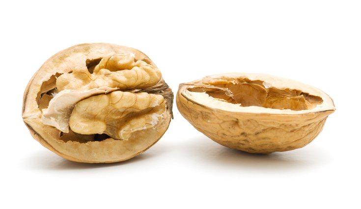 Las nueces, al ser frutos secos, tienen una gran cantidad de antioxidantes y pueden prevenir distintos tipos de cáncer