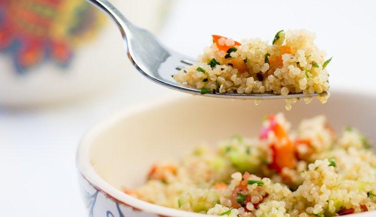 La quinoa es un alimento rico en fibra