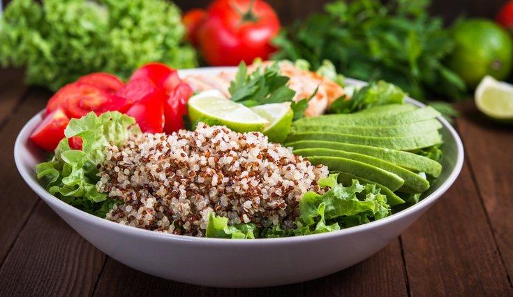 Una ventaja de la quinoa es que una taza aporta casi el 30% de magnesio recomendado al día