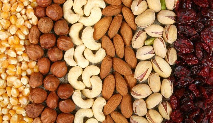Secos o frutos adelgazan engordan