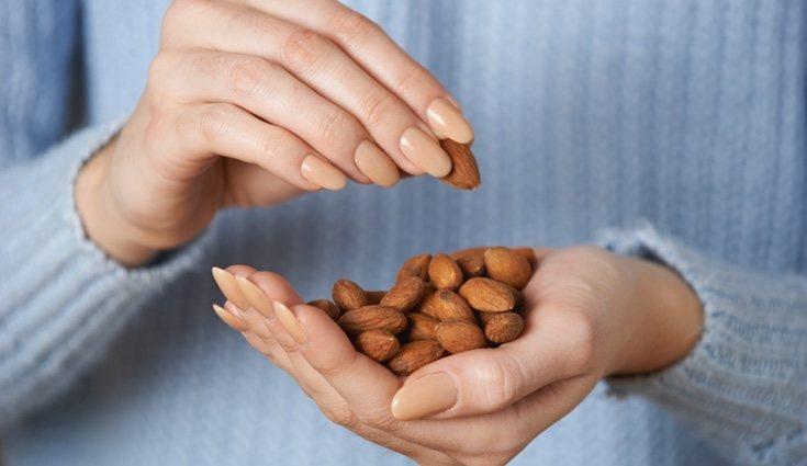 Las almendras combaten la hipertensión y mejoran el aspecto de la piel
