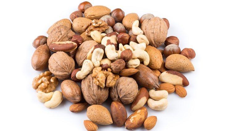 Los frutos secos contienen grasas insaturadas que aceleran el metabolismo