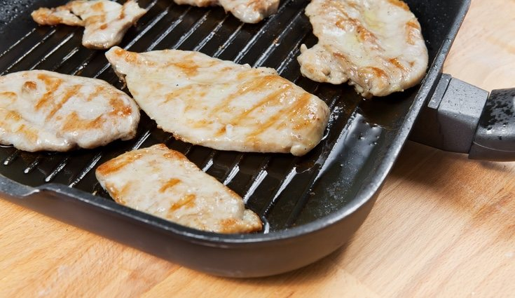 El pollo a la plancha nos dará las porteínas necesarias para nuestro día
