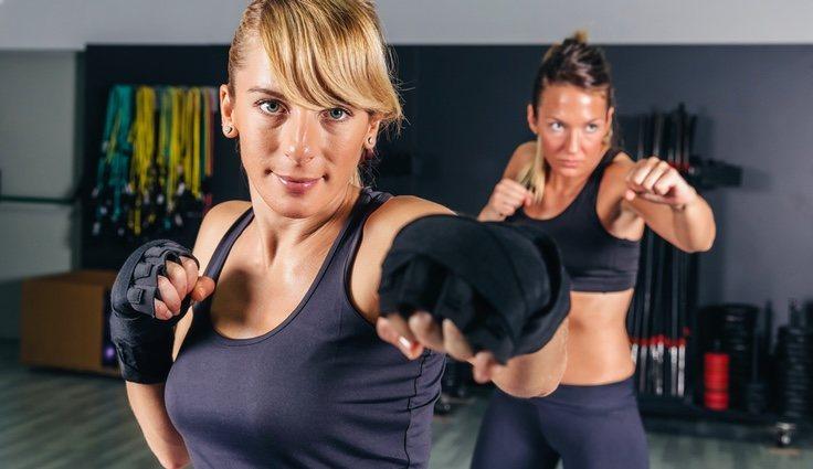 Las clases de Cardio kick boxing implican mucha capacidad cardiobascular y un técnica específica