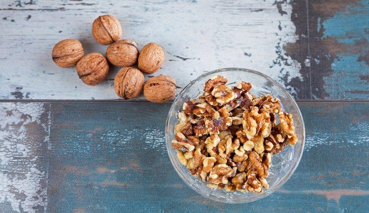 Debemos consumir entre 20 y 30 gramos de nueces