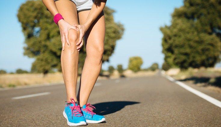 El dolor puede concentrarse en la cara externa de la rodilla