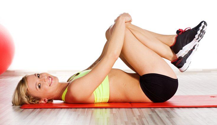 No necesitarás nada más que una esterilla </p><p>y tu propio peso para muchos ejercicios