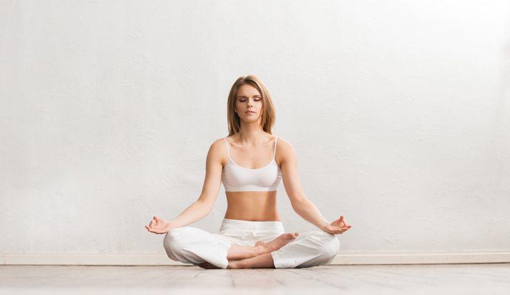 La meditación es una de las partes principales del yoga