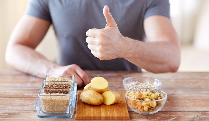 Los polisacáridos se encuentran en legumbres, patatas, verduras y cereales