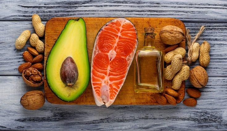 Los frutos rojo y las legúmbres son otros de los alimentos para dar más energía a nuestro cuerpo