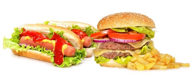 Come un puñado de almendras naturales antes de consumir comida basura y reducirás el riesgo de comer este tipo de comida