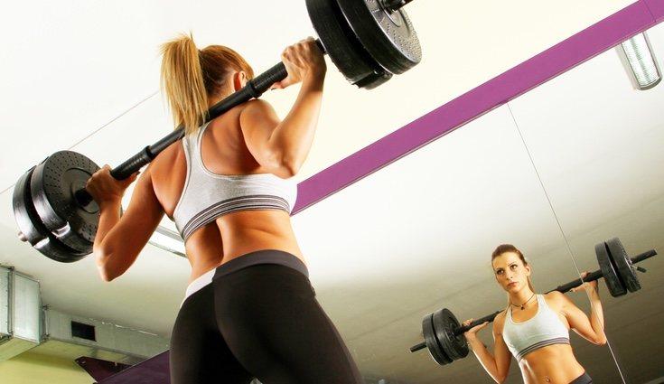 El Grit series combina ejercicios cardiovasculares con otros de pesas
