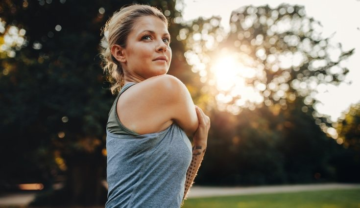Unos 20 segundos y 3 o4 repeticiones servirán para cada ejercicio