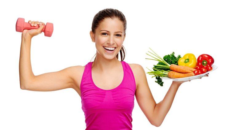 Es importante combinar el ejercicio con una dieta adecuada