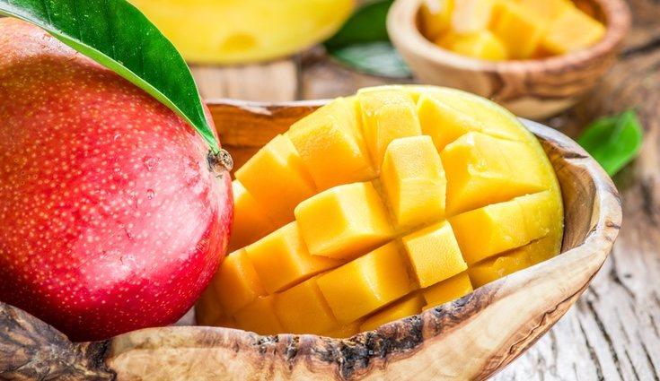 El mango favorece la digestión gracias a su fibra y enzimas