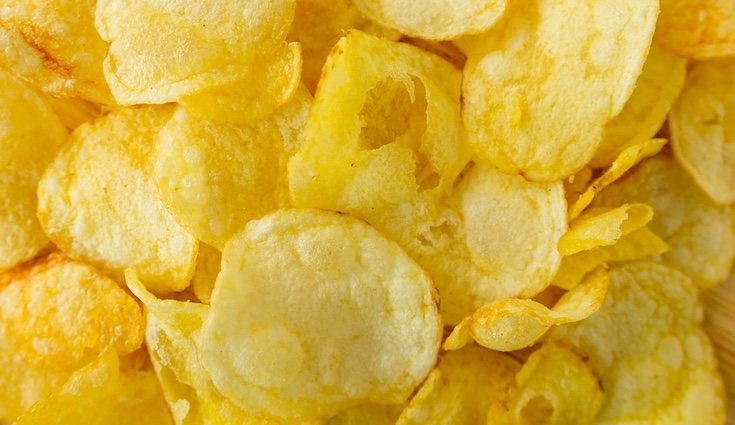 Comer una bolsa de patatas fritas parece saciar pero al rato nos volverá a entrar hambre
