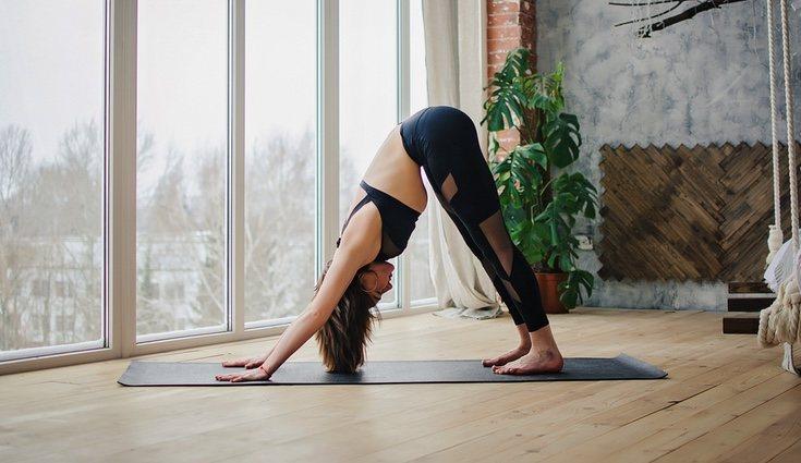 El yoga ayuda al dolor de espalda y al fortalecimiento de los músculos de la espalda baja