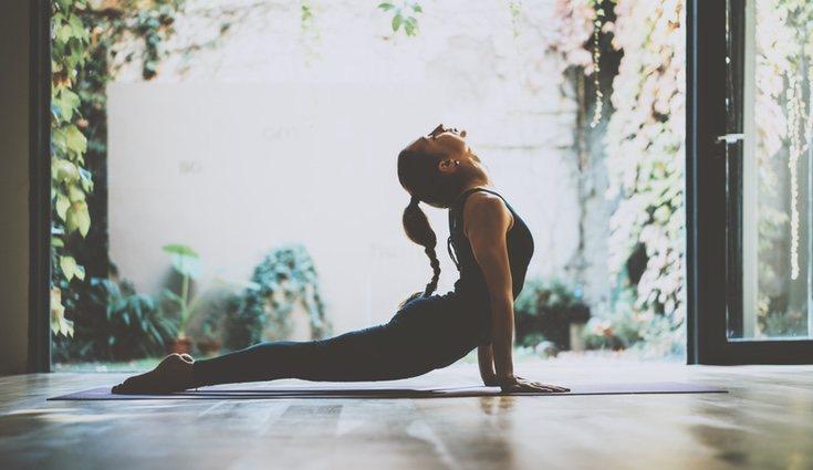 Gracias al yoga podemos eliminar todo el estrés acumuldo en el  día