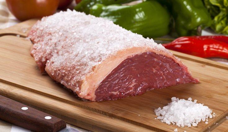 Los filetes de ternera son bajo en grasas ideales para dietas