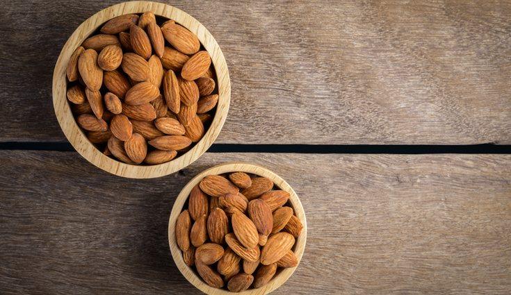 De todos los frutos secos el mejor es la almendra