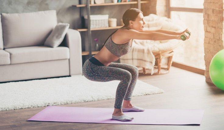 La rectitud de la espalda es fundamental en este ejercicio para no dañarnos la espalda