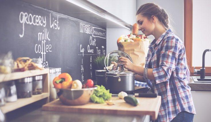 La alimentación sana es fundamental no sólo para nuestra salud sino para nuestro bienestar ya que el cuerpo lo nota