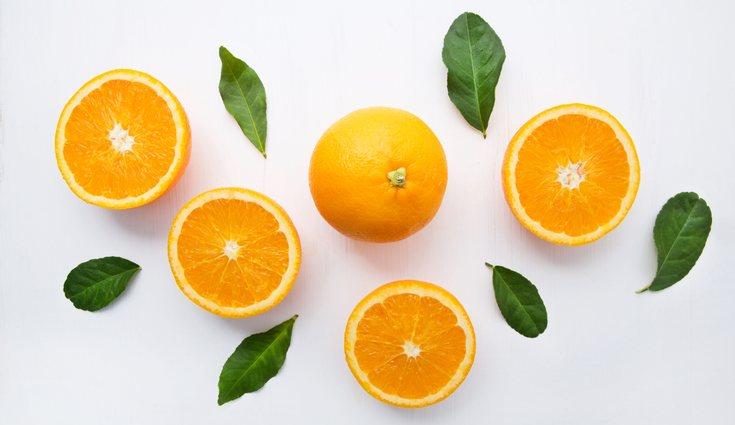 Las naranjas tienen 200 mg de vitamina C por cada 100 gramos de fruta