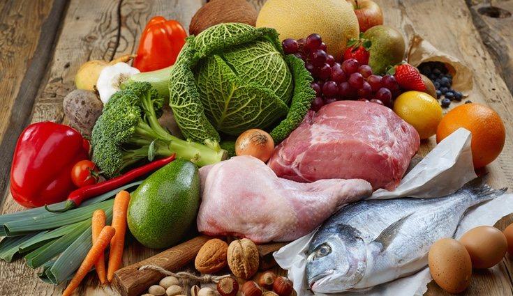 Hay que ingerir alimentos ricos en vitamina C, D y B