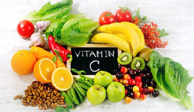 La vitamina C se encuentra en todas las frutas y verduras