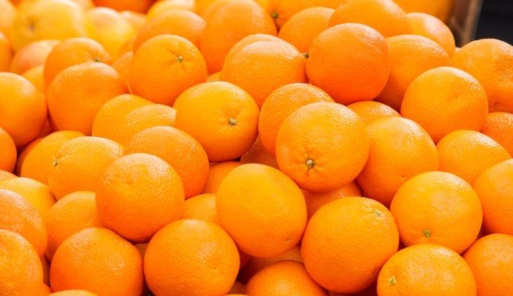 La naranja también tiene vitamina A, B y E