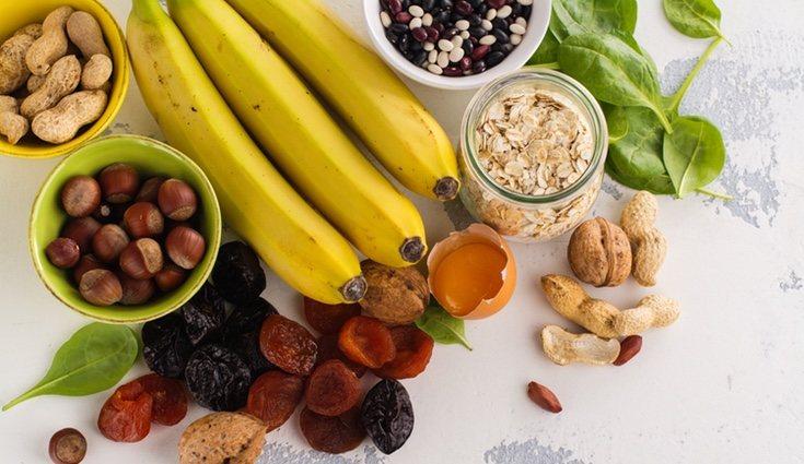 Existen multitud de alimentos que pueden proporcionarnos el potasio que necesitamos