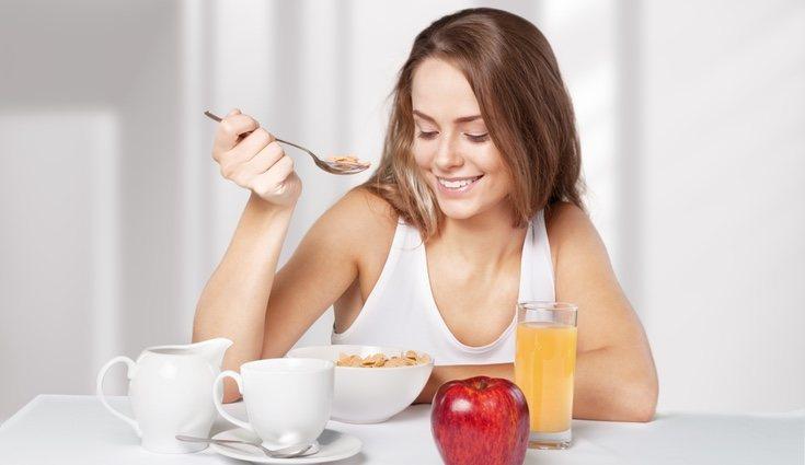 Mantener una dieta sana y equilibrada rica en potasio es beneficioso