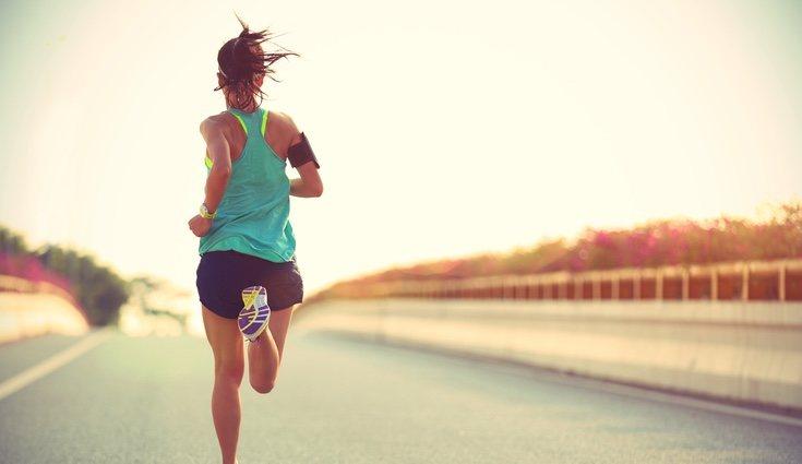 Correr te ayudará a despejarte y a quemar el exceso de grasa