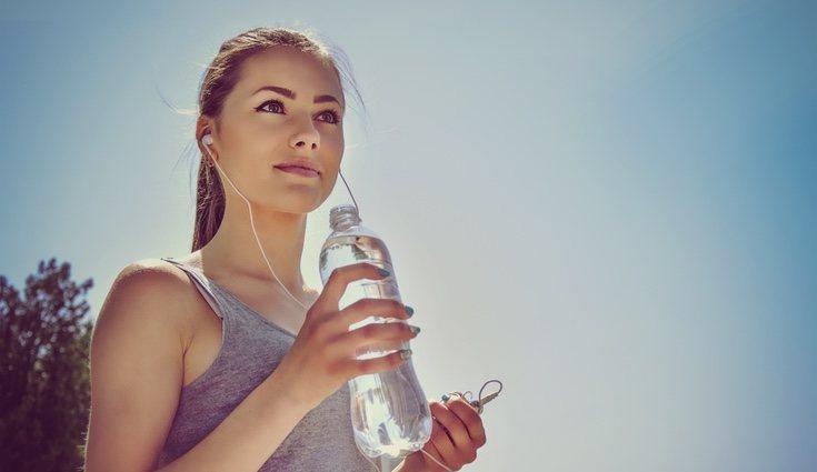 Debemos mantener el cuerpo hidratado para un buen funcionamiento