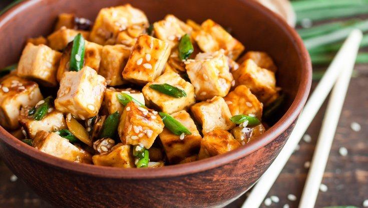 Uno de los alimentos con más calcio es el tofu