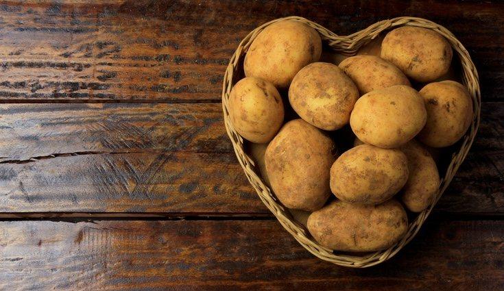 100 gramos de patatas al vapor aporta 70 calorías