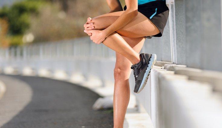 Un mal calzado puede ocasionar la rodilla del corredor