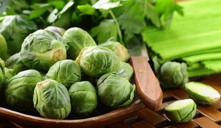 Los hervidos de coles de Bruselas son sencillos de preparar, sabrosos y muy nutritivos