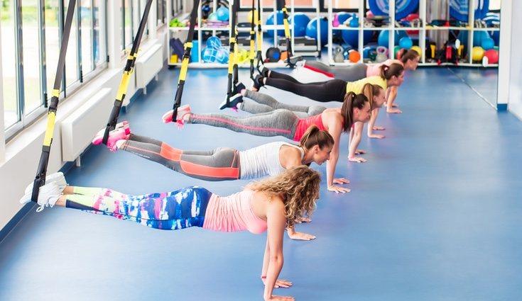 Los ejercicios para la zona abdominales consisten en movimientos mutiplanares y multiarticulares