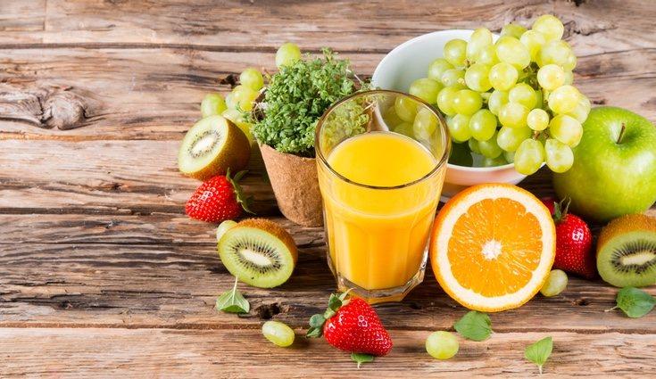 Mantener una dieta saludable e introducir té, verduras, frutas...
