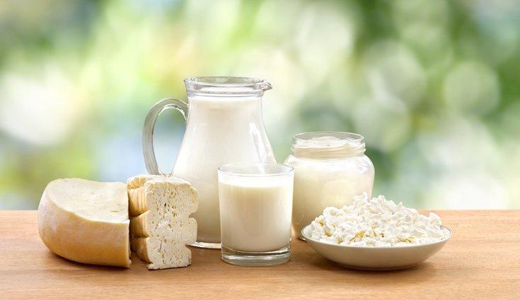 Los lácteos bajos en grasa aportan vitamina D, calcio y pocas calorías