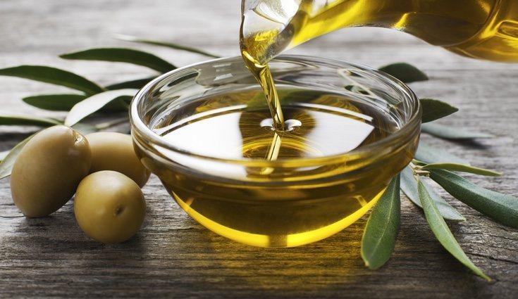 La vitamina E se encuentra en aceites vegetales