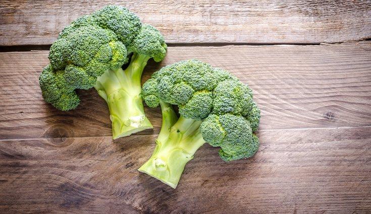 El brócoli tiene mucha agua, por lo que aporta efectos diuréticos