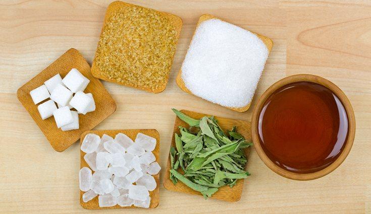 Hay múltiples opciones de edulcorantes que puedes usar en tus recetas saludables